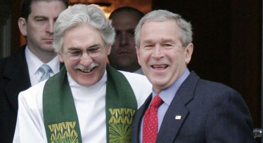 Reverend Luis Leon and President George Bush